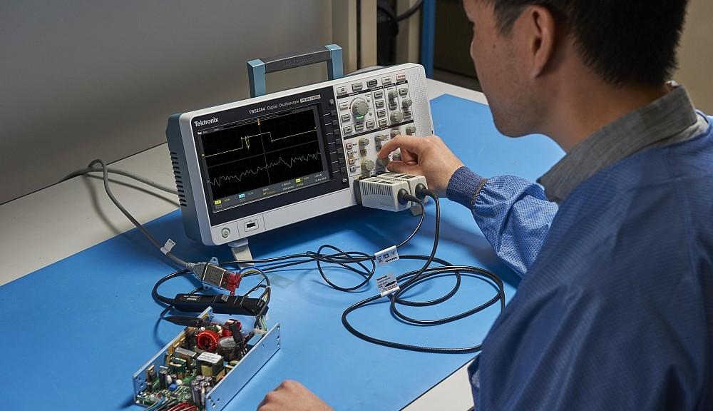 Oscilloscope Tektronix TBS2000
