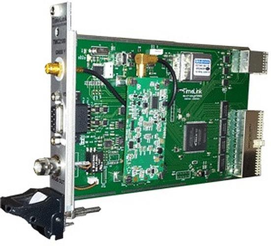 La carte TMC2100 au format PXI de TimeLink Microsystems