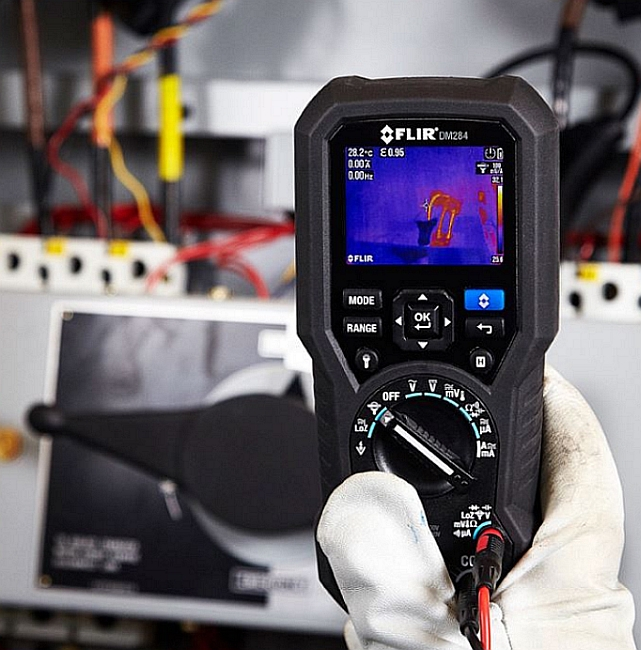 Multimètre avec caméra infrarouge DM284 de Flir