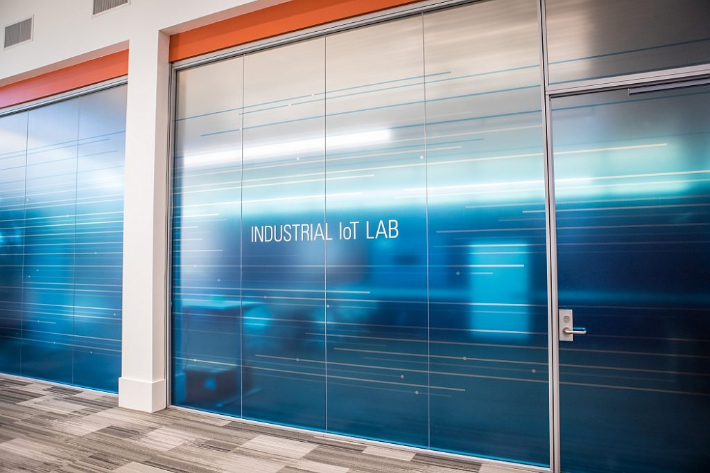 National Instruments NI Industrial IoT Lab