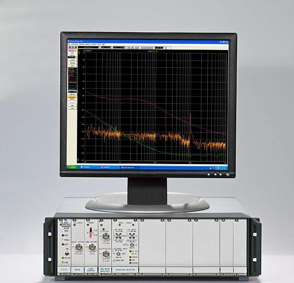 Analyseur de bruit de phase PN9000 de Noise XT