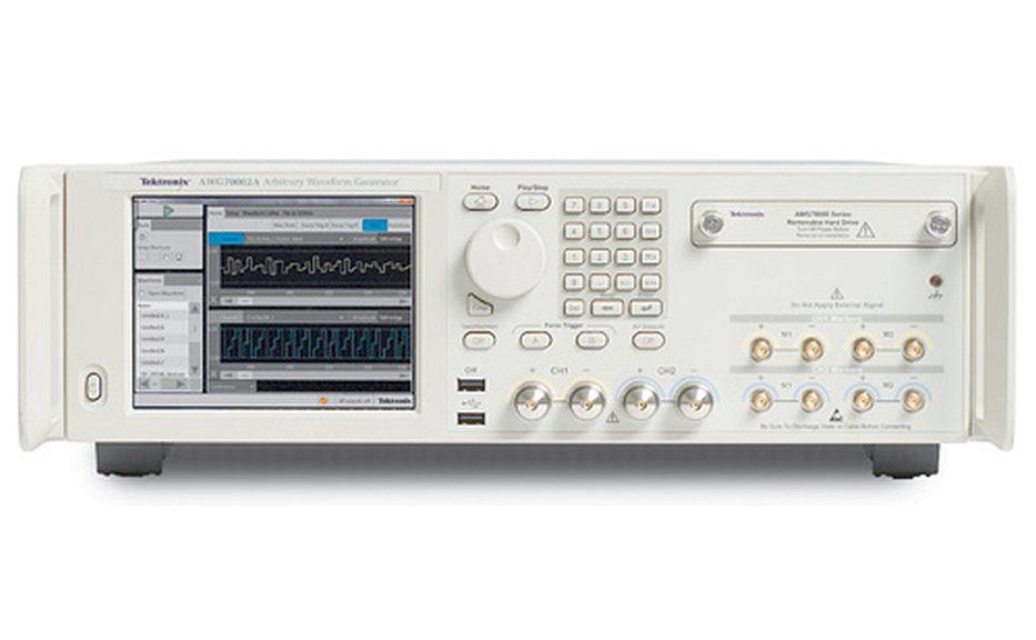 Générateur de signaux arbitraires AWG70000 de Tektronix