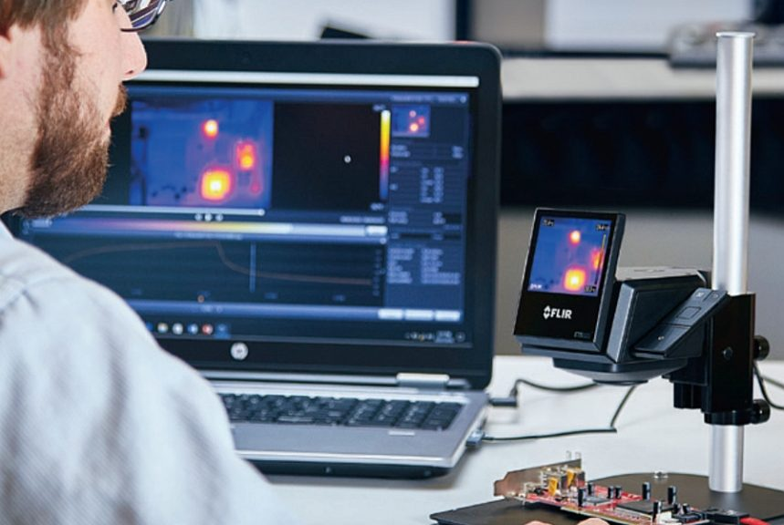 Caméra infrarouge ETS320 de Flir pour test de composants électroniques