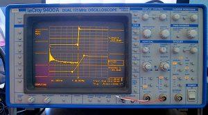 Premier oscilloscope numérique de Lecroy modèle 9400