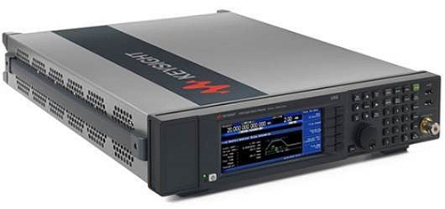 Adaptateur vectoriel N5194A de Keysight pour ses générateurs de signaux UXG X-Series