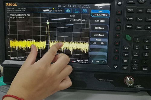 Analyseur de spectre RSA5000 de Rigol avec écran tactile de 10,1''
