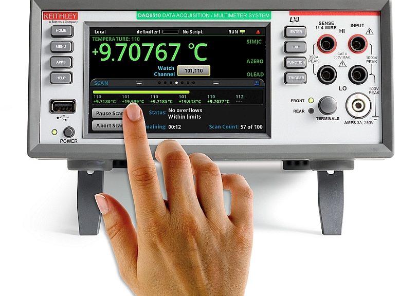 Le système de test multicanaux Keithley DAQ6510 de Tektronix avec jusqu'à 80 voies de mesure.