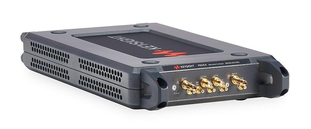Analyseurs de réseaux vectoriels (VNA) au format USB de la gamme P937xA de Keysight.
