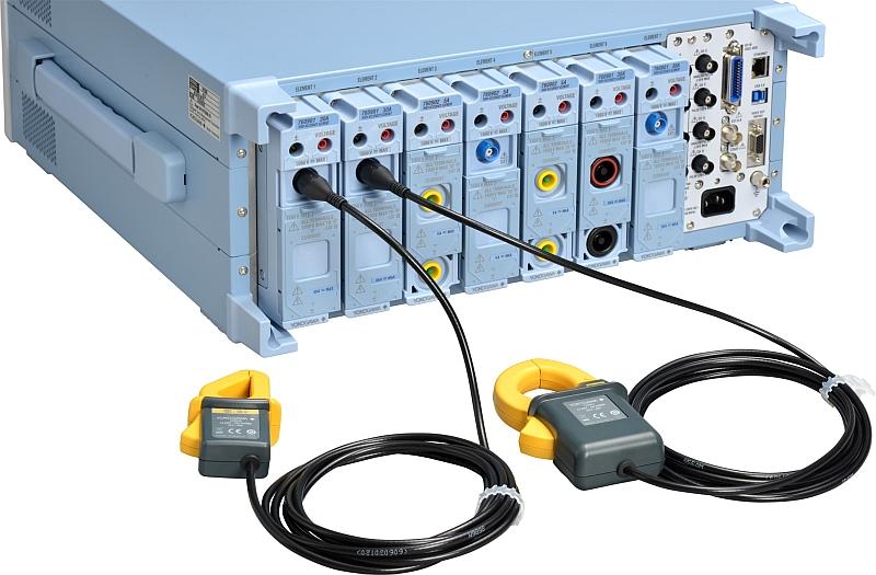 Face-arrière de l'analyseur de puissance électrique WT5000 de Yokogawa.