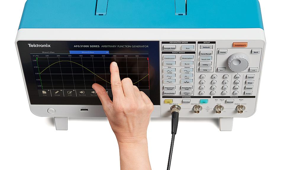 Générateurs de fonctions arbitraires de la série AFG31000 de Tektronix.