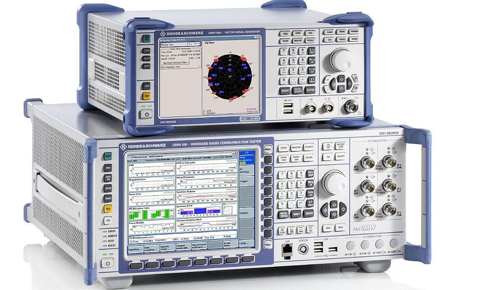Testeur de communication V2X de Rohde & Schwarz homologué GCF.