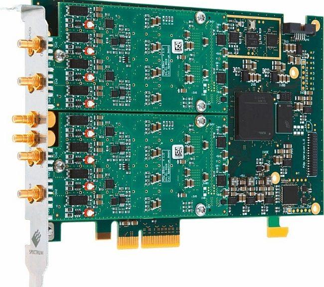 Cartes AWG au format PCIe M2p.6533-x4 et M2p.6568-x4 de Spectrum Instrumentation.