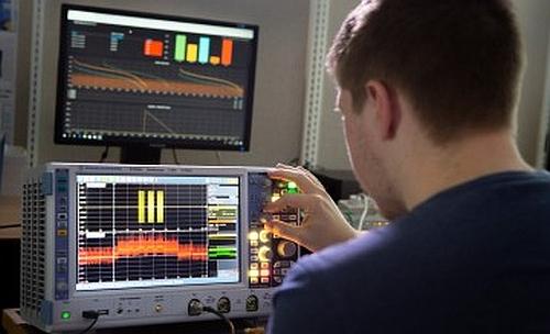 Laboratoire IoT de l'université d'Aalborg utilise les instruments de Rohde & Schwarz.