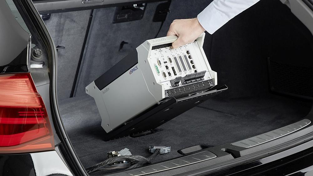 Plate-forme Scalexio Autobox de dSpace.
