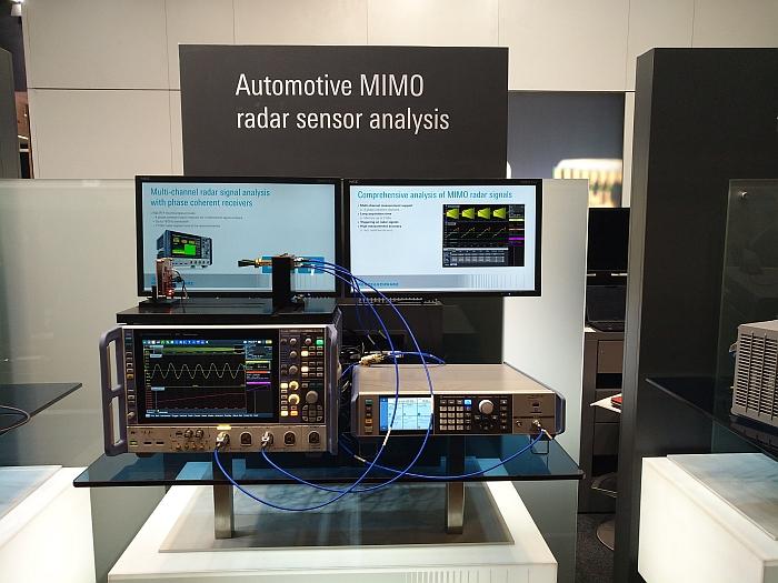 Rohde & Schwarz test capteur radar.