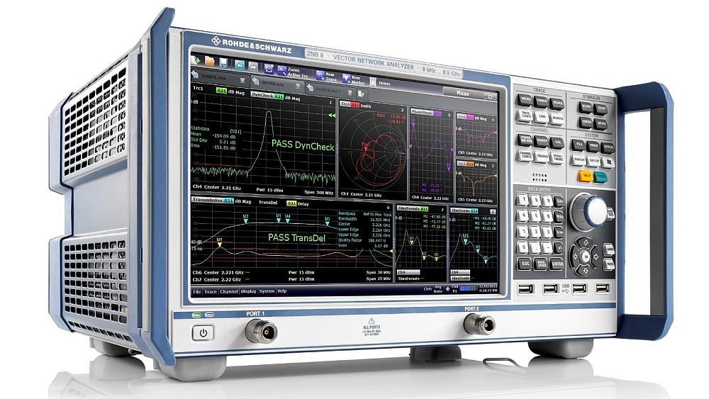 Analyseur de réseau vectoriel R&S ZNB de Rohde & Schwarz.