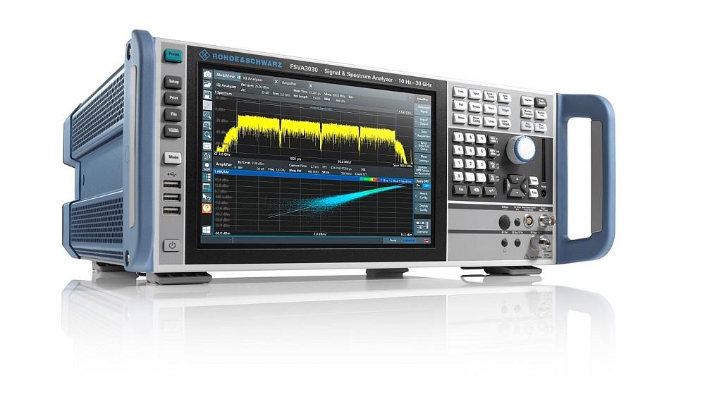 Analyseur de signaux et de spectre R&S FSVA3000 de Rohde & Schwarz.