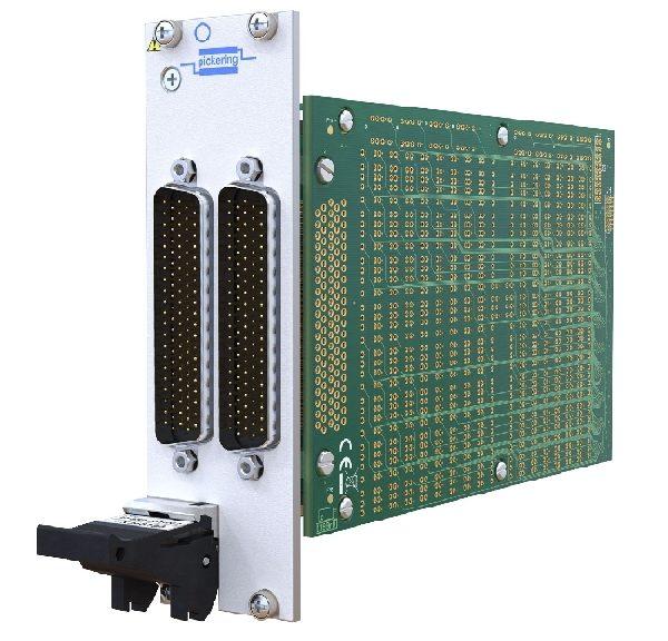 Matrice PXI 40-588 de Pickering Interfaces