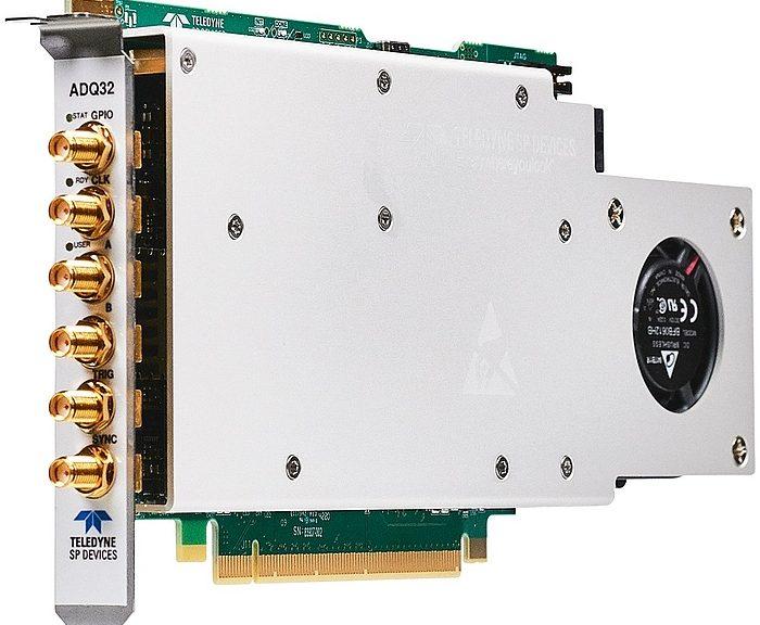 Carte PCIe ADQ32 de Teledyne SP Devices.