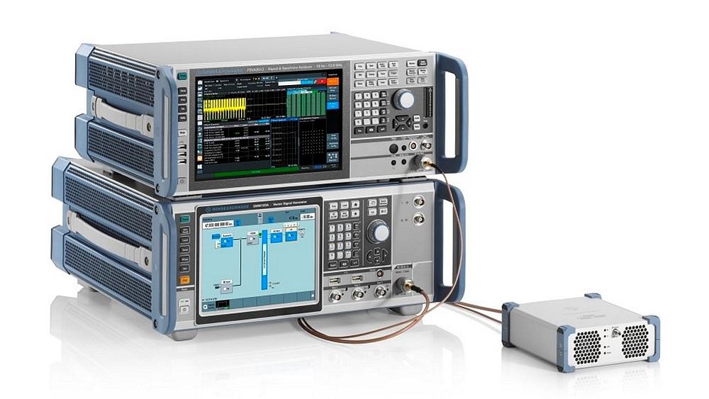 Générateur de signaux vectoriels R&S SMM100A et analyseur de signaux et de spectre R&S FSVA3000 de Rohde & Schwarz